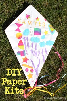 DIY Paper Kite Tutorial - so fun and perfect for windy spring weather!