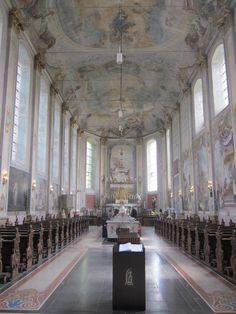 Kerk in st. Gerlach met prachtige fresco's uit de 18e eeuw.