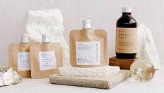 (P) Clean Beauty: 3 branduri de cosmetice coreene organice care au grijă de tenul tău și de mediul înconjurător K Beauty, Beauty Shop, Korean Skincare, Skin Care, Wine, Bottle, Easy, Skincare Routine, Flask