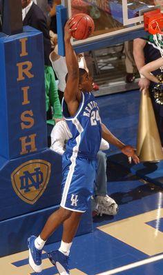 Kelenna Azubuike takes flight Kentucky College Basketball, Uk Wildcats Basketball, Kentucky Sports, University Of Kentucky, Kentucky Wildcats, Go Big Blue, Blue Bloods, Sports Games, Nba
