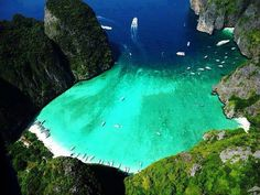 Maya Bay - Phi Phi Island - Krabi, Thailand - one of my fav places Places Around The World, Oh The Places You'll Go, Places To Travel, Places To Visit, Around The Worlds, Krabi Thailand, Thailand Travel, Thailand Adventure, Visit Thailand