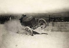 Handleiding mannen: Mannen rijden veel te hard.