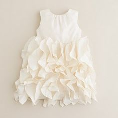 ruffled dress - gorgeous! Might have to make one similar to this. Cailee would love it, just have to figure out an occasion to make it for. LOL