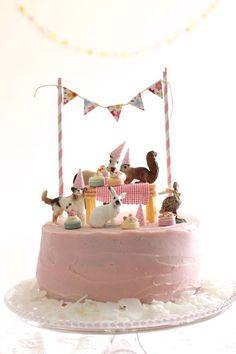 Birthday animal cake
