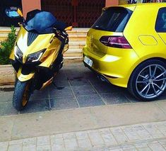 "425 mentions J'aime, 1 commentaires - Tmax -_-⚫️-_-⚫️Tmax (@tmax_super_club_tmax) sur Instagram : ""#yellow #tmax#tmax530#tmax500#yamaha #cool#vr46#scooter#motorbike#motorbikes #bikelife…"""