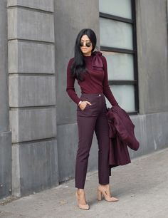 Pretty Spring Work Outfits For Women 2019 29 Business Casual Outfits, Classy Outfits, Chic Outfits, Fashion Outfits, Fashion Trends, Fashion Ideas, Modest Fashion, Outfit Pantalon Vino, Dress Dior