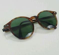 True Vintage REVO Sunglasses Model# 985/014 Mens Brown Tortoise Round #REVO