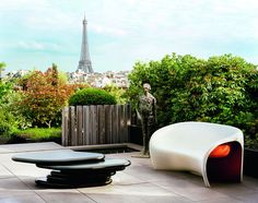 An rooftop garden and patio with a view of the Eiffel Tower - how cool is that?
