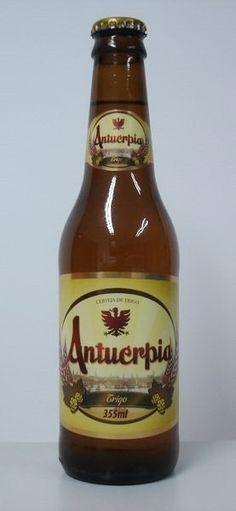 Cerveja Antuérpia Trigo, estilo German Weizen, produzida por Cervejaria Caseira, Brasil. 4.8% ABV de álcool.