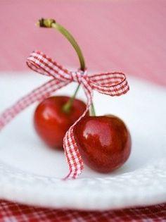 Very Cherry gingham