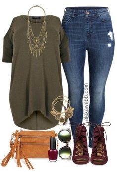 Plus Size Dipped Hem Top & Jeans Outfit - Plus Size Fashion for Women - alexawebb.com #alexawebb