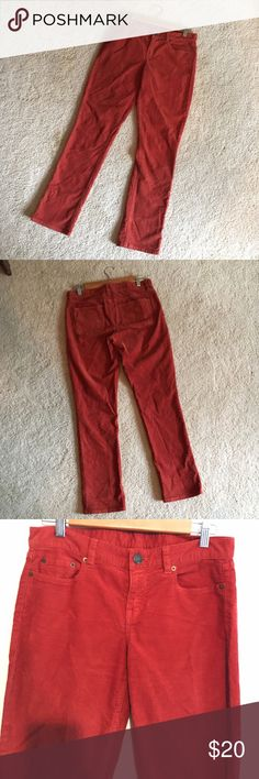 J.Crew City Fit cords in rust 27 short These J.Crew City Fit cords are a twist on a classic. Unique rust color, size 27S J. Crew Pants