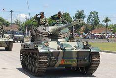 "🔳 Just Shot | Просто кадр 🔳  Indonesian Armored Forces, AMX-13. ✊ Did you shout to the tankers ""Om Telolet Om""? 😄 ➖➖➖➖➖➖➖➖➖➖➖➖➖➖➖➖➖ Donate 👉 https://paypal.me/justtanks ➖➖➖➖➖➖➖➖➖➖➖➖➖➖➖➖➖ Бронетанковый силы Индонезии. AMX-13. ➖➖➖➖➖➖➖➖➖➖➖➖➖➖➖➖➖ #justtanks #tanks #amx13 #armor #armedforces #indonesia #steel #wot #omteloletom #telolet #military #army #танки #индонезия #армия #вооруженныесилы #броня"