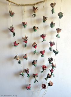 A Flower Wall Hanging Made From Egg Cartons How To Make Easy Fall Flowers Using Theboondocksblog