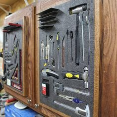 In this week's video, Andy Glass with Glass Impressions is going to show you how to take back the lost wall space taken up by cabinets. He uses Fastcaps Kaiz. Workshop Storage, Workshop Organization, Garage Workshop, Tool Storage, Workshop Ideas, Kaizen Foam, Workshop Cabinets, Garage Atelier, Tool Board