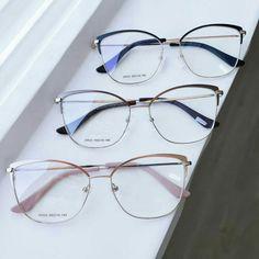 Glasses Frames Trendy, Cool Glasses, Glasses Trends, Lunette Style, Eyewear Trends, Fancy Jewellery, Fashion Eye Glasses, Eyeglasses For Women, Specs