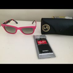 7c9ba11b8c Ray-Ban Original Wayfarer Rare Print (RB2140) Hot pink with funky, special