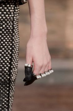 finger gloves, alexander mcqueen