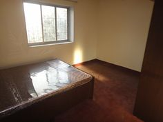 **ID043** 2BHK, 10 mins walk from NMIMS, 2AC, 2 Double Bed, 4 Wardrobe, Fridge, Sofa cum bed,Study area, Dinning table, Gas Pipeline, Price - 45K  Negotiable
