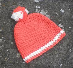 Mütze mit Bommel  von Chariscap auf DaWanda.com