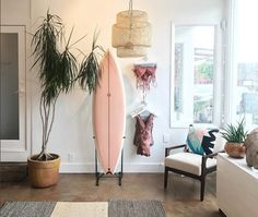 pink surfboard / album surf