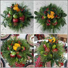 Christmas+WIlliamsburg+Topiary+Centerpiece.jpg (1600×1600)