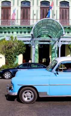 Straight from the Basil Blue Sage Garden, Kim-Marie Evans from Luxury Travel Mom takes us on a colorful journey to Cuba. There you'll find the onetime home of Ernest Hemingway, the birthplace of the mojito and a constant procession of old cars.