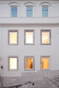 Image 4 of 32 from gallery of Building Rehabilitation In Calcada do Lavra / Jorge Mealha. Photograph by João Morgado Facade Architecture, Contemporary Architecture, Co Housing, Building Renovation, Window Design, Old Houses, Building A House, House Plans, Exterior