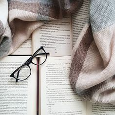 """""""Do not set aside your happiness. Do not wait to be happy in the future. The best time to be happy is always now."""" Roy T. Bennett • • #bookstagram #book #irishbloggers #books #bookworm #booklove #bookaholic #booklover #booknerd #bibliophile #bookcommunity #bookphotography #bookish #blogger #bookblogger #instabooks #instabook #bookgram #instaread #ilovereading #totalbooknerd #blog #bookblog #blogger #irishblogger #dublinbloggers #bookholic #bookworms"""