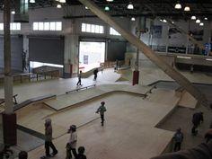 Ramp & Roll: 10 Amazing Skate Parks Around the World Skate Park, Santa Monica, Building Design, Around The Worlds, Layout, Indoor, Urban, Interior, Image