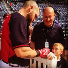The face you make when Jonny Gomes signs your cast...