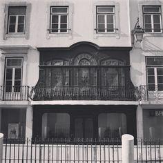 #terreirodopaco #baixa #like4like #life #likeforlikealways #tagsforlikes #lisboa #lisbon #lisbona #lisbonne #lisbonlovers #lisboalive #igerslisbon #baixa #baixachiado #exibition #visiting #visita #exposicao #paiting #design #tejoriver #view #look #loveit #portugal #visitportugal #daveguerra #p3top #window #windows by daveguerra