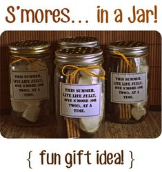 S'mores in a Jar! Great for party favors, an easy gift idea for a teacher, a rustic and sweet favor for a small wedding or even a fun idea for a backyard BBQ party.