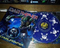 The Final Frontier é o décimo quinto álbum de estúdio da banda inglesa.Lançado em 2010.