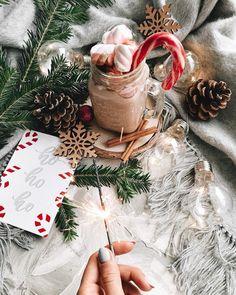 Cosy Christmas, Christmas Feeling, Beautiful Christmas, Christmas Holidays, Christmas Decorations, Xmas, Wallpaper Natal, Christmas Phone Wallpaper, Jolie Photo