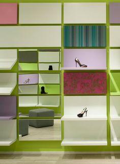 Shoebox by Sergio Mannino Studio