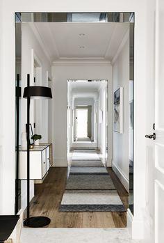 Mirrored thresholds // Griffiths Design Studio Toorak Apt2