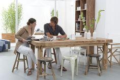 eiken tafel met ruimte voor 8 personen