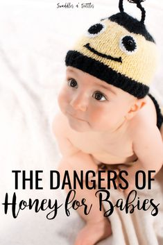 Newborn hacks and tips every mom should know! These make life with baby so much easier! Breastfeeding hacks, diapering hacks, organizing hacks and so much more! Budget Baby Shower, Baby Shower Parties, Babies First Year, Babies First Christmas, Honey For Babies, Office Baby Showers, Third Baby, Homemade Baby, Baby Hacks