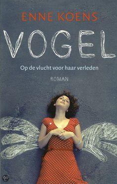 Enne Koens - Vogel || Dutch Media Uitgevers, 2011, 224 pagina's || winnaar Debuutprijs Jonge Jury 2013 || Toen Berre 8 jaar was, zijn haar ouders gescheiden. Haar moeder heeft haar en haar zus verwaarloosd. Nu gaat Berre (18) op kamers en probeert ze een nieuw leven op te bouwen. ||  www.bol.com/nl/p/vogel/1001004011252397/