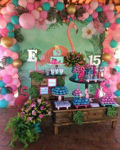 Olha que linda essa Flamingo Party!! Inspiração linda para celebrar a chegada dos 15 anos! Decor por @joaoemariafestas . . . . . . Regrann from @joaoemariafestas -  E a nossa clientinha fiel Esther fez 15 e a comemoração foi no sítio, em uma festa intimista com suas melhores amigas. Ela adorou nossa festa flamingo, e pediu que fosse feito um arco de balões descontruído bem lindo. Pedido feito, pedido atendido. Decoração: @joaoemariafestas; Balões: @anadkorabaloes ; Bolo: @doceparceria… Flamingo Party, Flamingo Birthday, Luau Birthday, Birthday Parties, Aloha Party, Luau Party, Birthday Party Decorations, Party Themes, Hawaiian Theme