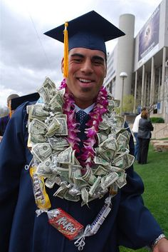 Congratulate a graduate with a money lei. | 21 Surprisingly Fun Ways To Give Cash As A Gift