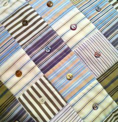 strandhuset: More striped shirts with vintage buttons. What a great way to make a patchwork out of old bits of shirts. Quilting Projects, Quilting Designs, Sewing Projects, Patchwork Quilting, Scrappy Quilts, Baby Quilts, Diy Quilt, Quilt Modernen, Dad To Be Shirts
