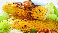 An easy for paprika and parsley mielies(what South Africans call corn! Braai Recipes, Vegetarian Recipes, Cooking Recipes, Healthy Recipes, Side Dishes For Bbq, Vegetable Side Dishes, Cooking Over Fire, South African Recipes, Outdoor Food
