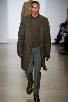 Calvin Klein Collection Fall 2014 Menswear Fashion Show Sharp Dressed Man, Well Dressed Men, Vogue Paris, Stylish Men, Men Casual, Gentlemen Wear, Blazers, Fashion Show, Mens Fashion