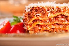 """Slow Cooker Lasagna is a """"set it and forget it"""" recipe!  I love that I can make lasagna in the slow cooker.  #slowcooker #recipe #lasagna"""