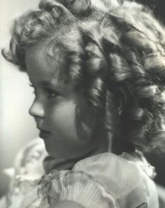 Shirley Temple, 1930s. Perhaps the most recognized and beloved child star of all time.