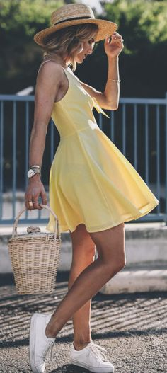 Yellow bow sundress Source by outfit Modest Summer Outfits, Summer Outfits For Teens, Dresses For Teens, Summer Dresses, Sundress Outfit, Yellow Sundress, Sun Dress Casual, Casual Dresses, Floral Dresses