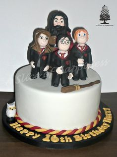 Harry Potter - by ASliceofHappiness @ CakesDecor.com - cake decorating website