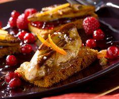 Foie gras poêlé sur pain d'épices et fruits rouges